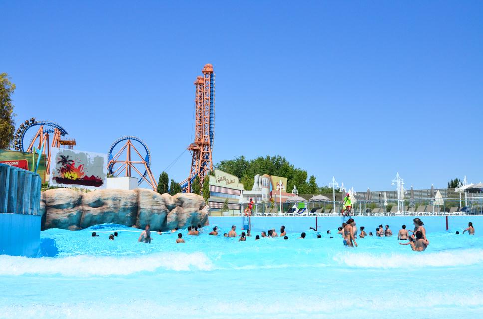 Abre Sus Puertas Parque Warner Beach La Nueva Zona Acuática Exclusiva De Parque Warner Madrid Grupo Parques Reunidos
