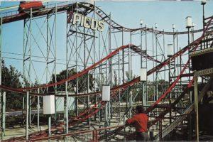 """La montaña rusa """"Siete Picos"""" del Parque de Atracciones de Madrid"""